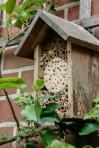 12/ Et voila, je insectenhotel is af en kan een mooi plaatsje krijgen in je tuin of op het terras!